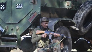 encounter_between_security_forces_and_terrorists_in_hajin_area_of_bandipora_1507687244